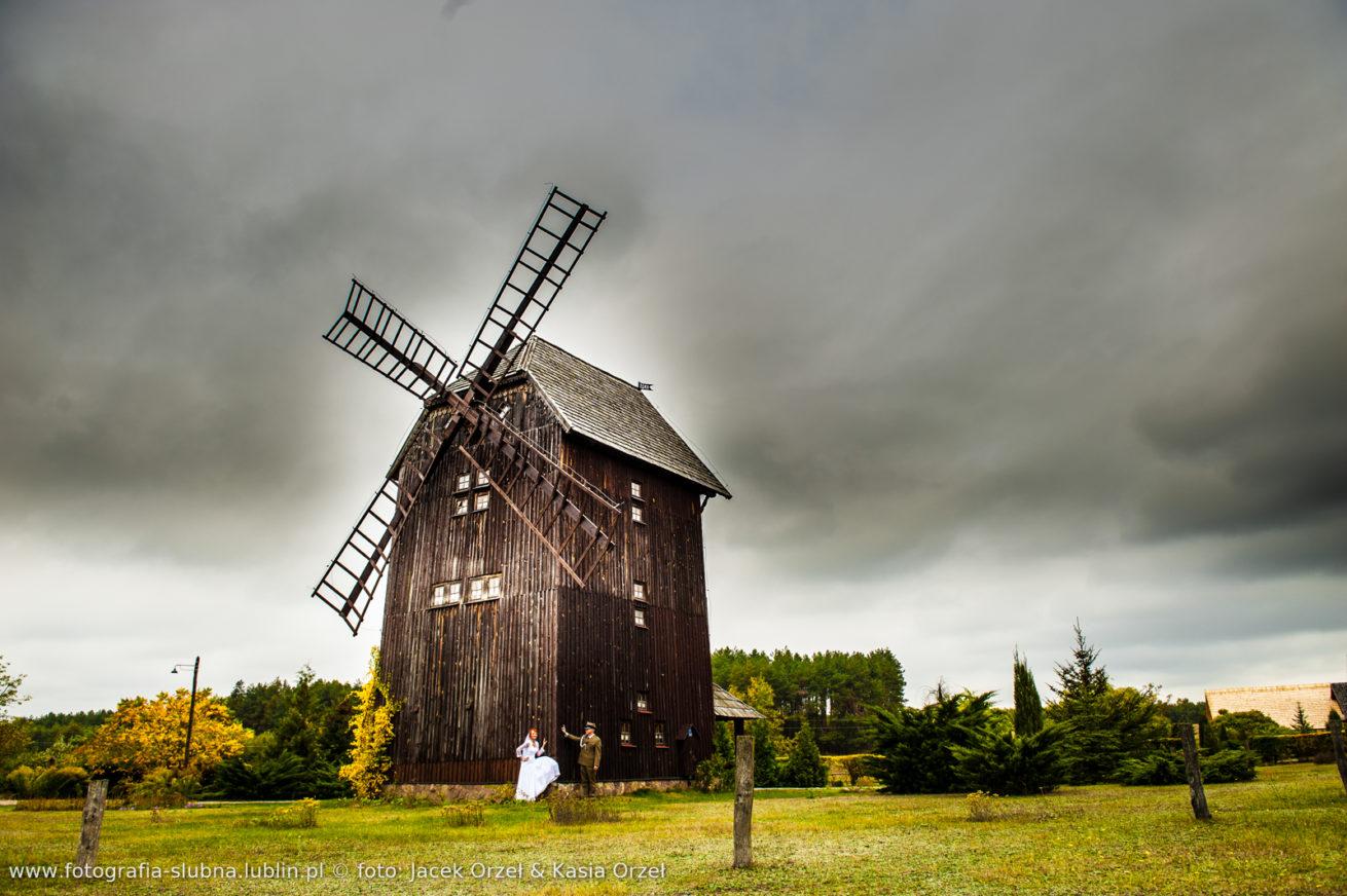 Fotograf z Lublina zaprasza na sesje ślubną.